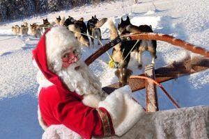 Kerstman in een slee