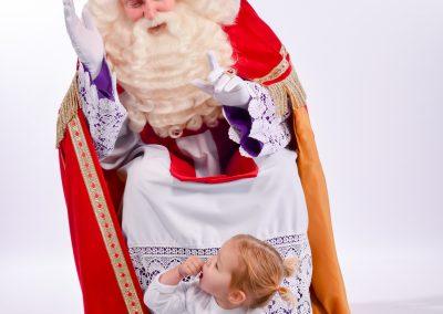 Sinterklaas met kind glamourfoito - december-entertainment.nl