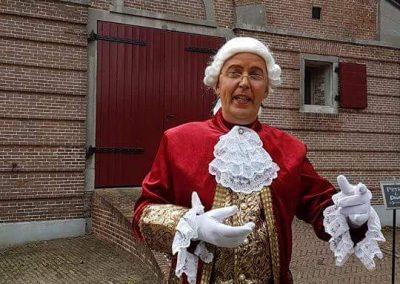 Lakei helemaal alleen - december-entertainment.nl