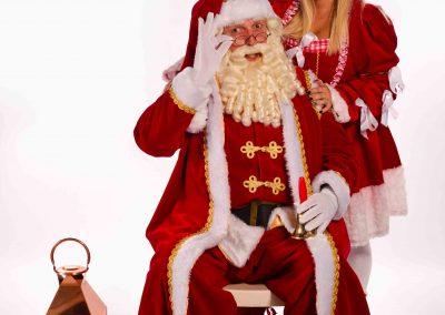 Professionele Kerstman en kerstmeisjes van December-entertainment.nl